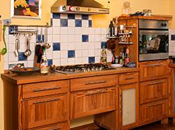 Küche mal aus Pinienholz